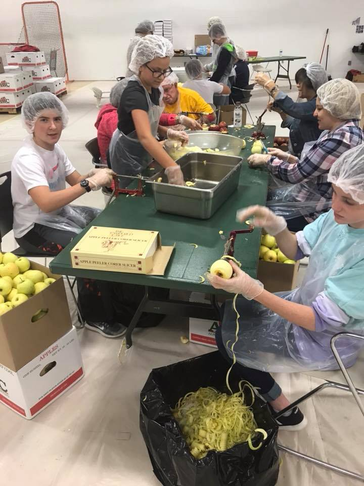 AHS Student Council volunteered time to help make apple pies for Hope Springs